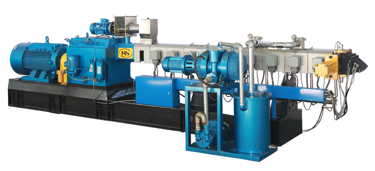 twin-screw-extruder-with-roots-pump